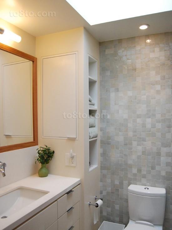 家装卫生间瓷砖设计装修