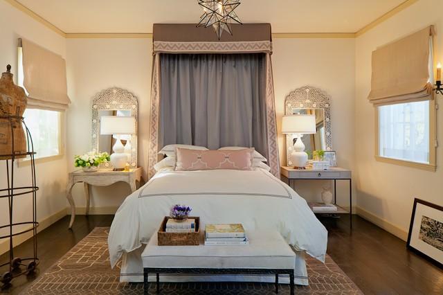 简约卧室装修效果图 欧式简约卧室窗帘设计图片