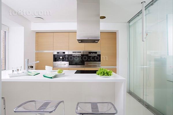 复式简约白色洁净厨房橱柜装修效果图大全2014图片
