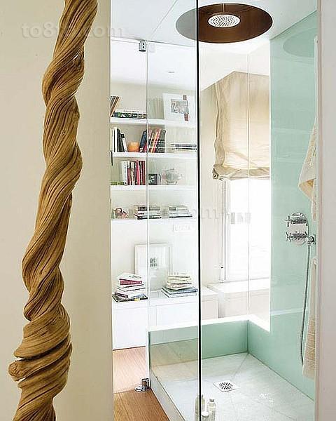 玻璃材质打造家庭卫生间效果图