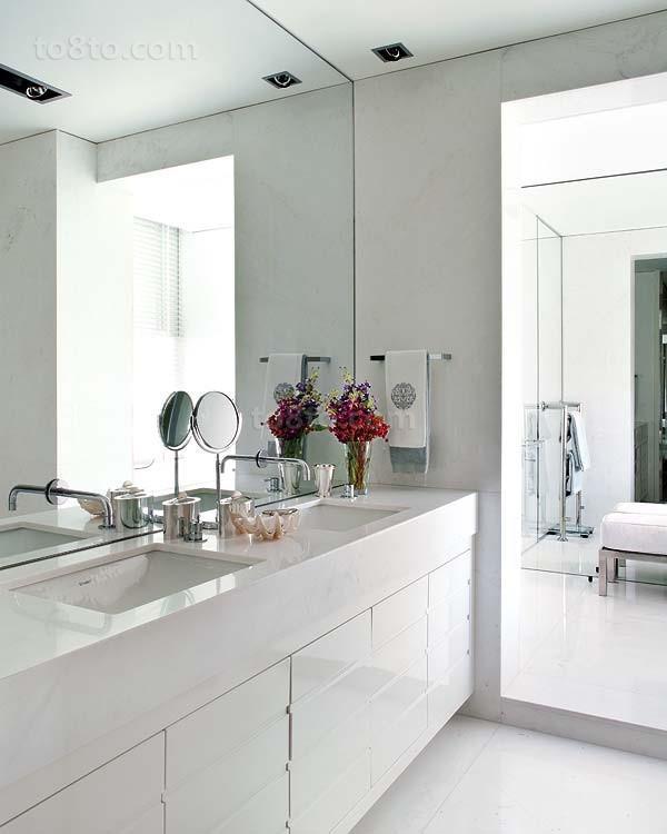 复式楼欧式现代风格家庭卫生间装修效果图