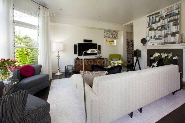 白色简约客厅装修效果图欣赏