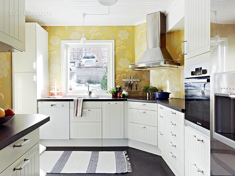 复式楼欧式现代厨房橱柜装修样板房