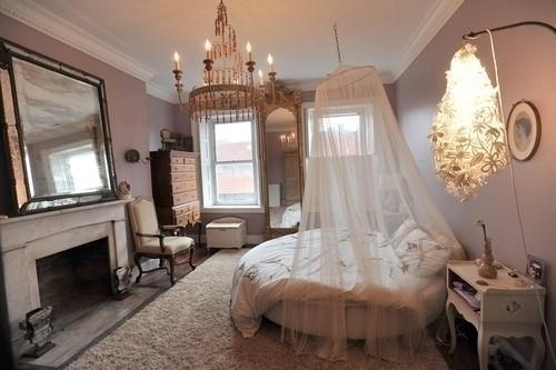 欧式奢华唯美的卧室吊顶装修效果图欣赏