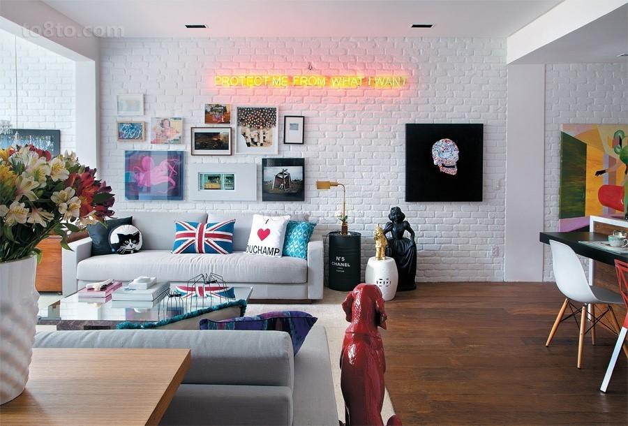 120平米三室两厅两卫客厅背景墙装修效果图