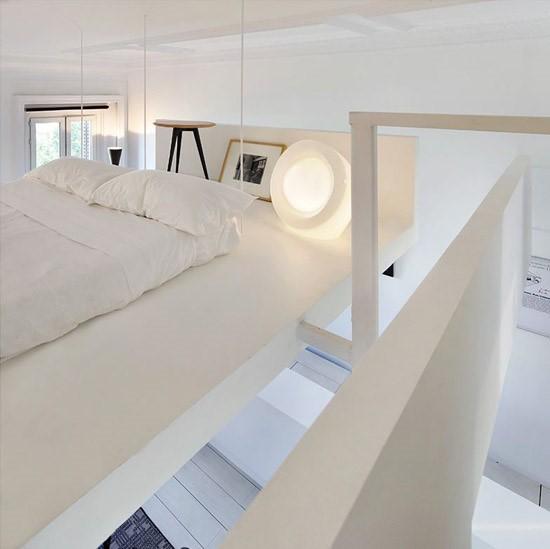 复式楼白色洁净卧室装修效果图大全2014图片