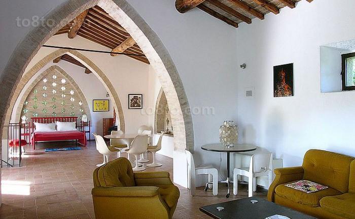 意大利的乡间复式楼阁楼客厅装修效果图大全2014图片