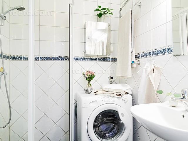 90平小户型干净明朗卫生间装修效果图大全2014图片
