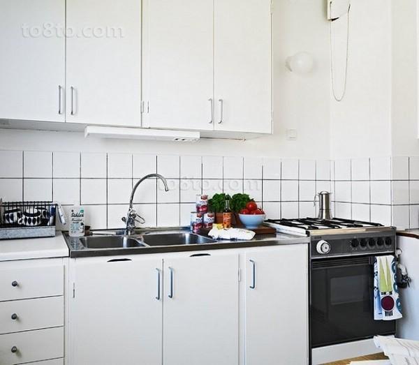 46平米简约小资单身公寓家庭厨房装修效果图大全2014