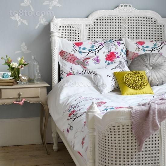 老房小户型翻新 恬静宜人的卧室装修效果图