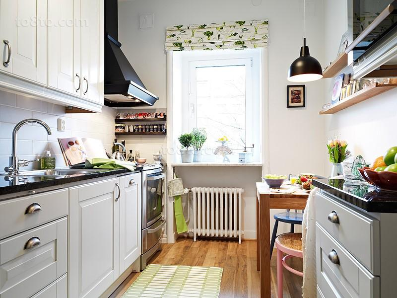 小户型简欧厨房橱柜装修效果图