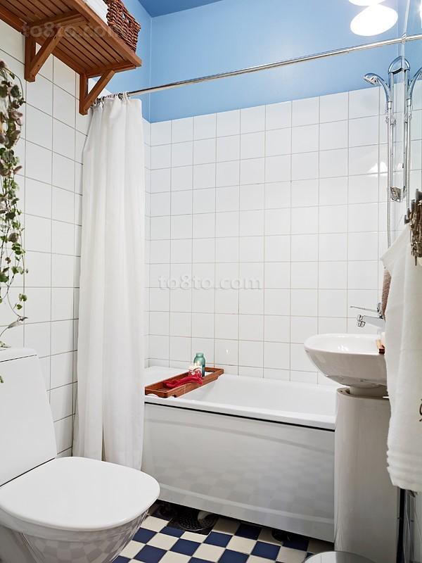 90㎡小户型简欧卫生间瓷砖效果图