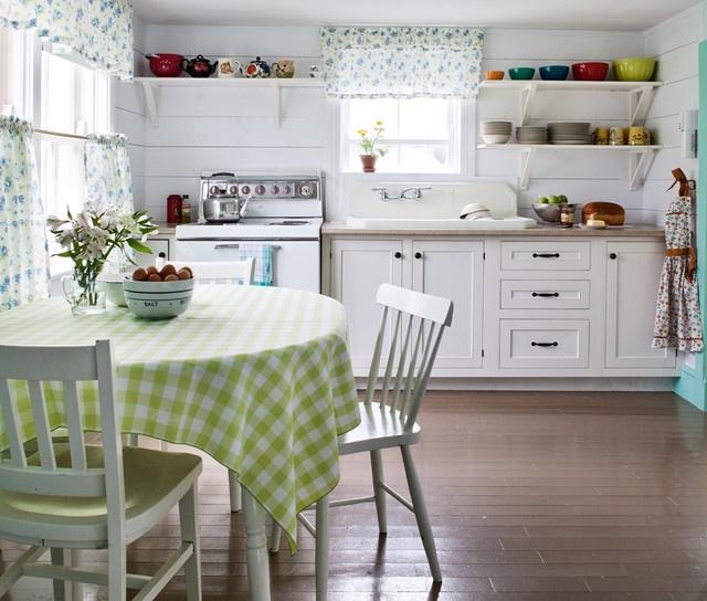 简约风格厨房橱柜装修效果图