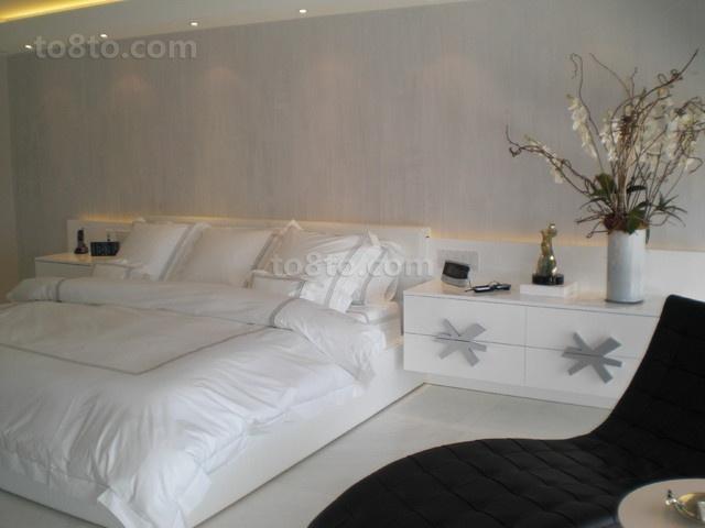7万打造华美现代卧室装修效果图大全2014图片