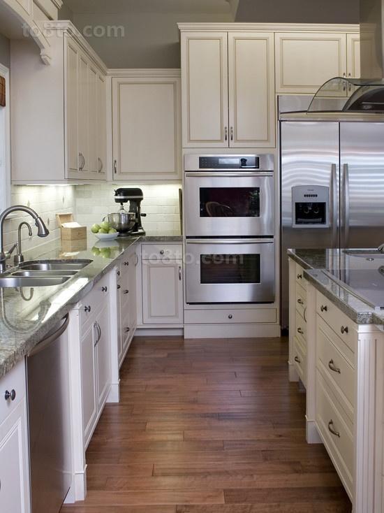 7万打造华美现代厨房橱柜装修效果图大全2014图片