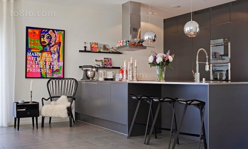 简约现代的双层别墅厨房橱柜装修效果图大全2013图片