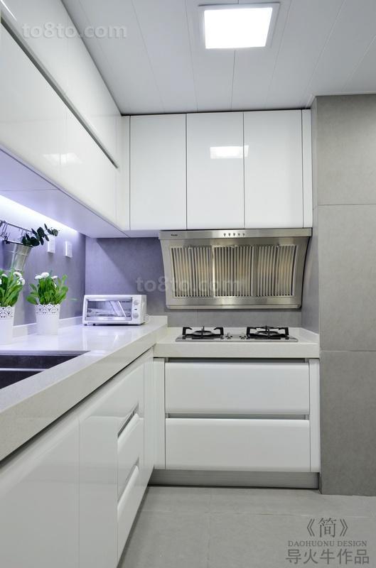 现代简约风格厨房橱柜效果图欣赏