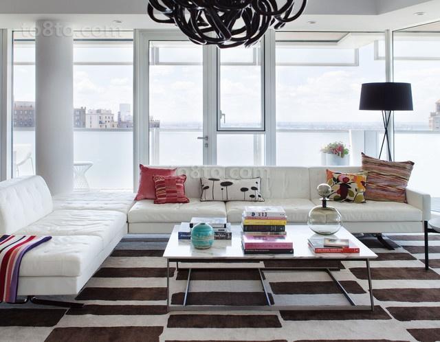 现代风格客厅飘窗装修效果图大全2013图片