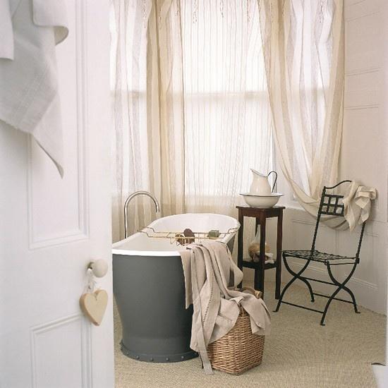 130万打造浪漫现代风格别墅卫生间窗帘装修效果图大全2012图片
