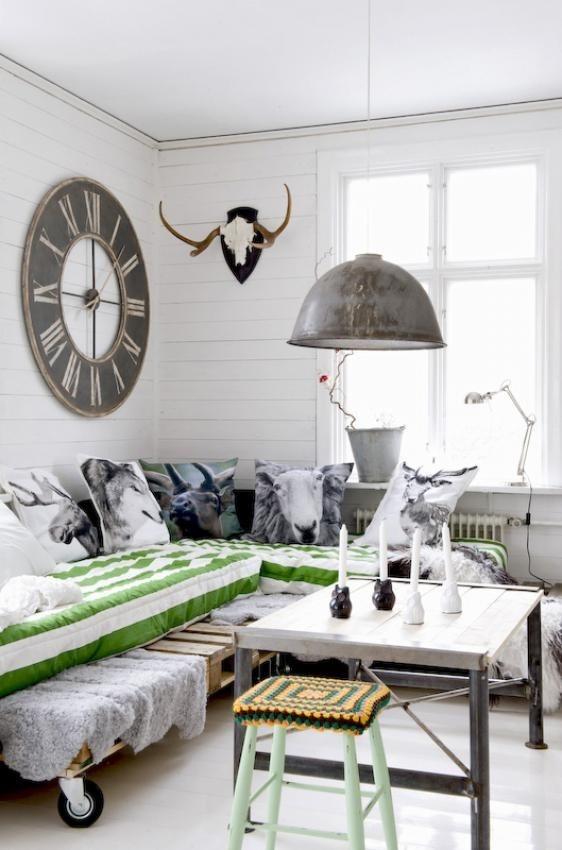 面积80平混搭二居客厅装修设计效果图片