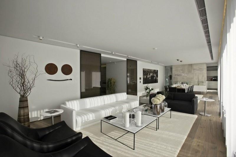 135平米混搭复式客厅效果图