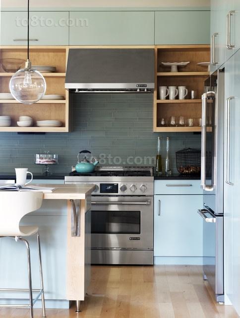16万打造华美地中海风格二居厨房橱柜装修效果图大全2012图片