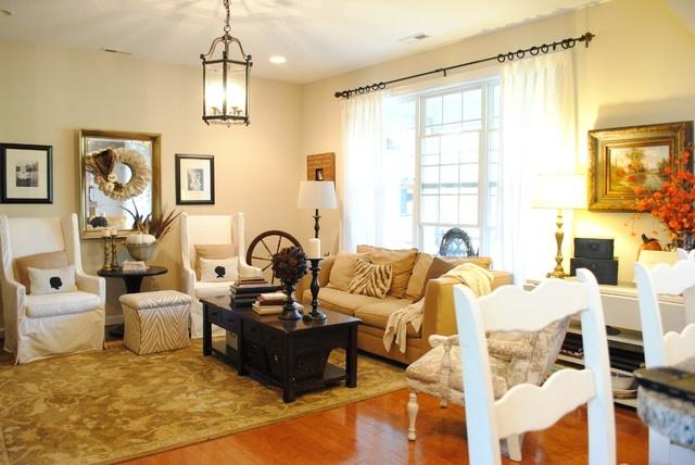 热门混搭小户型客厅装修效果图片欣赏