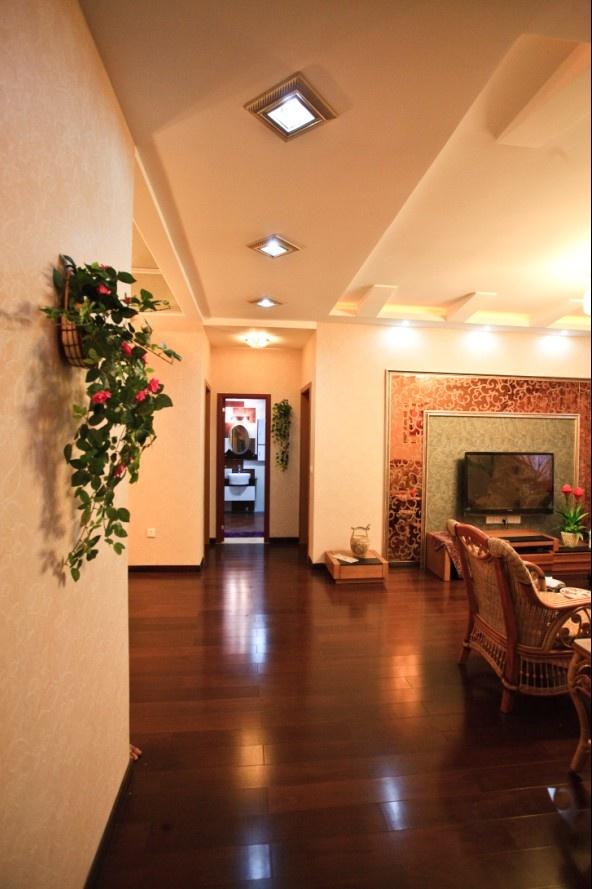 3室2厅玄关装修效果图
