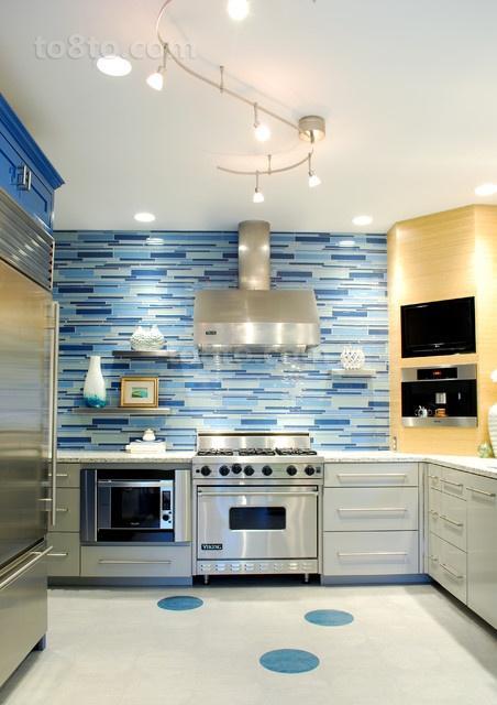 家庭厨房不锈钢橱柜效果图欣赏