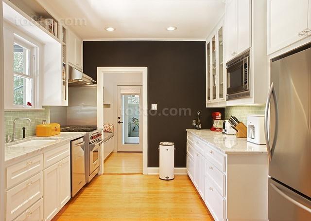 三房两厅简欧浪漫的家庭厨房橱柜装修效果图