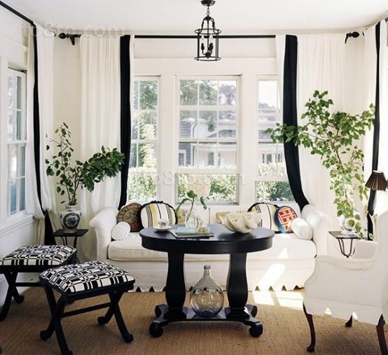 简约小客厅窗帘装修效果图片欣赏