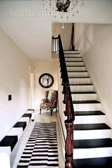 黑白经典配色打造现代复式楼道装修效果图