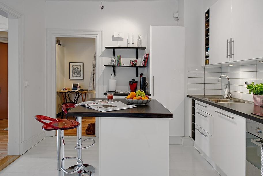 L型8平米家居厨房吧台置物柜装修效果图欣赏