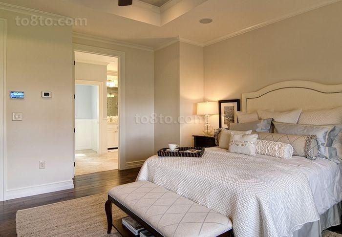 清新的碎花打造简洁干爽的卧室装修效果图