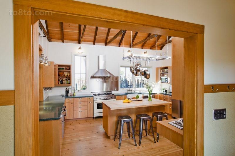 木艺朴质的小户型厨房橱柜装修效果图大全2014图片