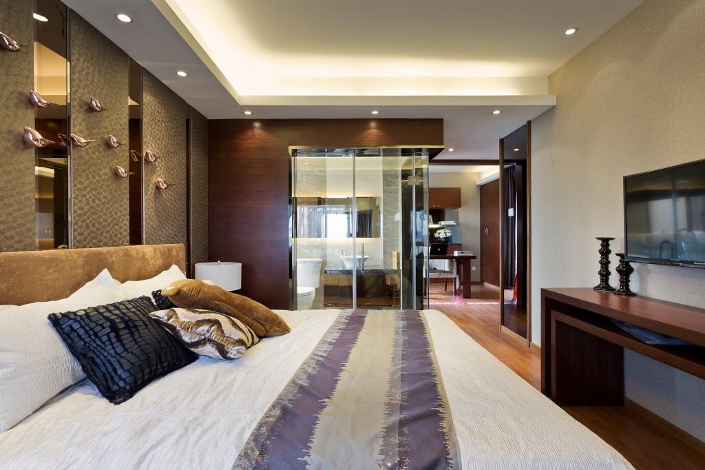 家装卧室带卫生间装修效果图