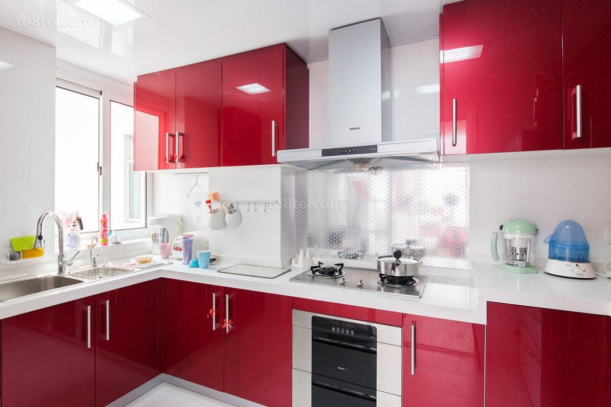 2018精选73平米现代小户型厨房装修实景图