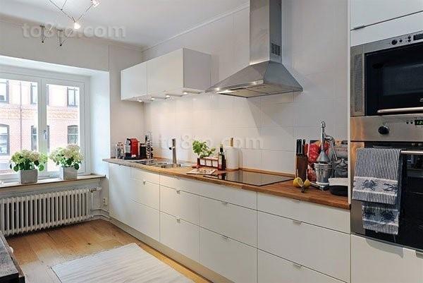 干净明亮的小户型厨房装修效果图大全2014图片