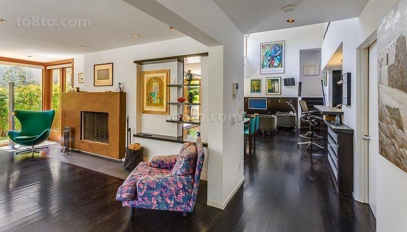 现代色彩明朗的复式楼客厅装修效果图大全2014图片