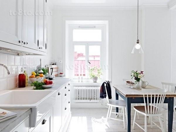 小户型白色纯美的厨房装修效果图大全2014图片