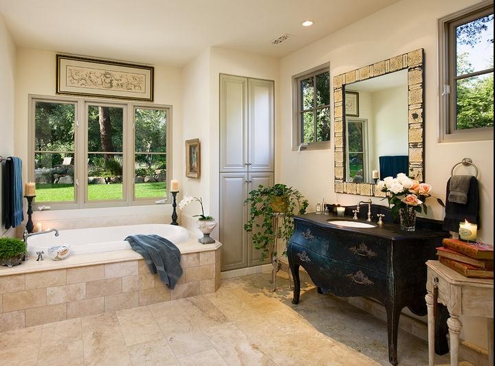奢华的美式田园风格卫生间装修效果图