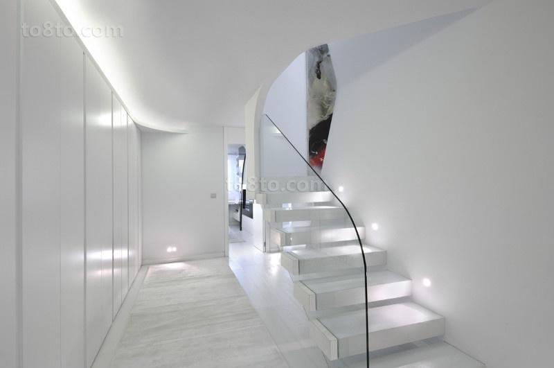 白色简约的复式楼玄关装修效果图大全2014图片