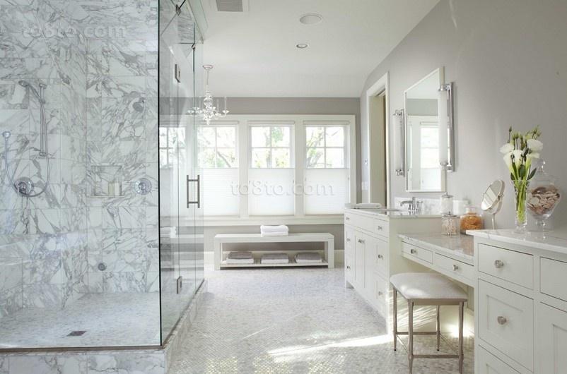 复式楼装修效果图 白色洁净的卫生间欣赏