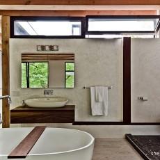 现代简约风格别墅卫生间装修效果图片