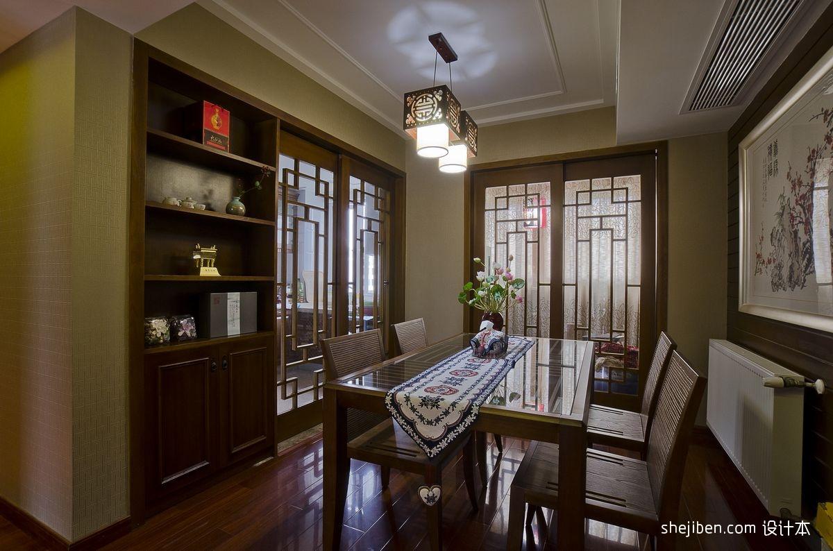 石膏线吊顶墙面酒柜和厨房隔断门设计