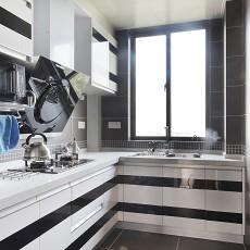2013现代风格L型小户型整体5平米家庭黑白橱柜厨房黑色瓷砖装修效果图