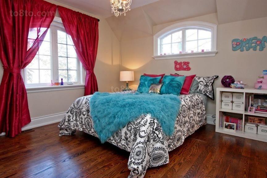 暖色调卧室窗帘装修效果图