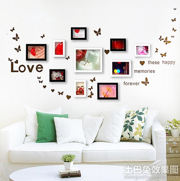 白色客厅照片墙