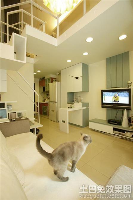 loft户型电视背景墙装修效果图