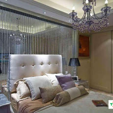 2018现代小户型卧室效果图片
